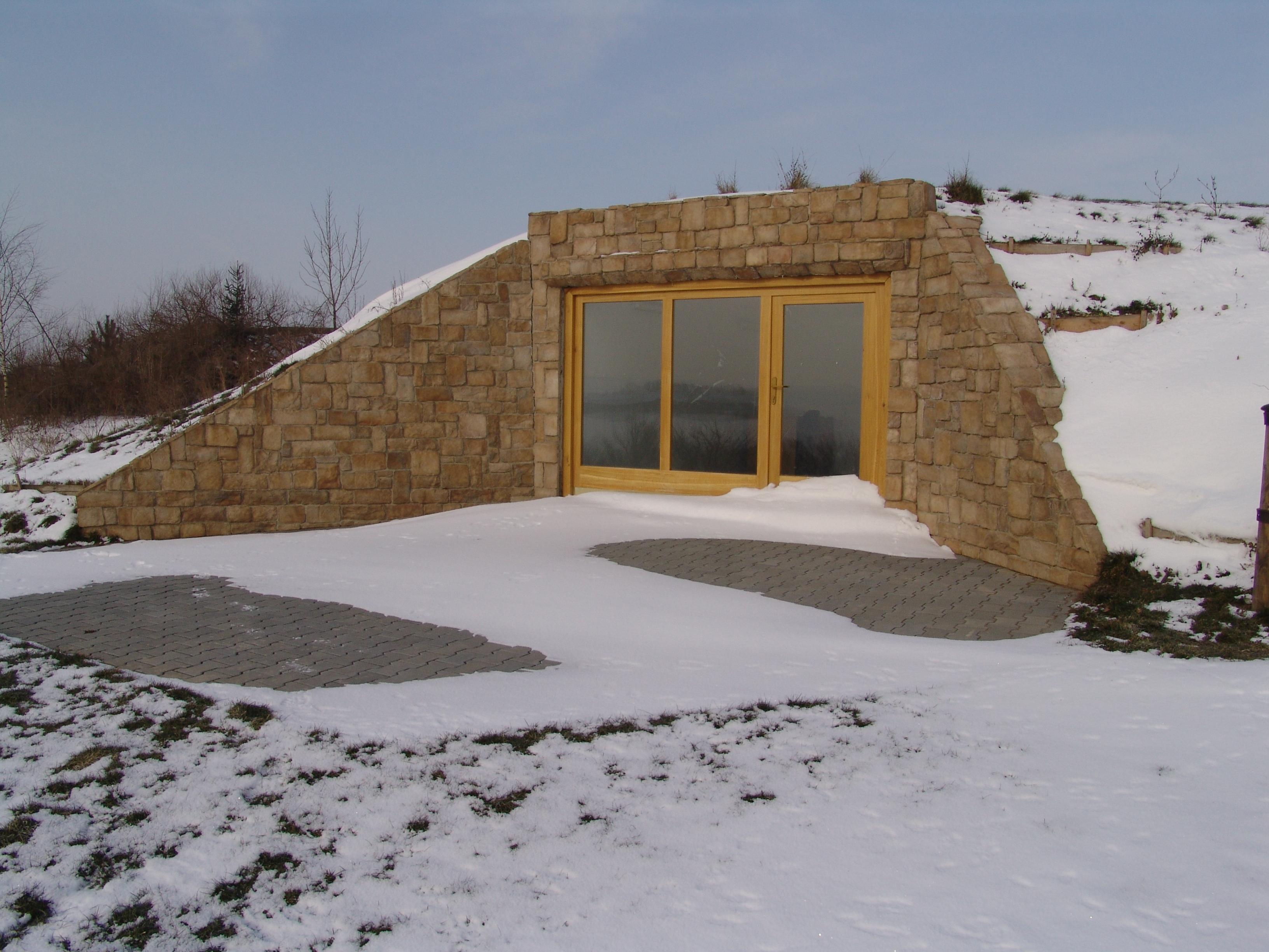 steinwand mediterran steinwand f r innen und aussenw nde steine polygonal an die wand kleben. Black Bedroom Furniture Sets. Home Design Ideas