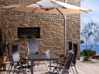 steinpaneel-versailles-ockerbraun-terrasse